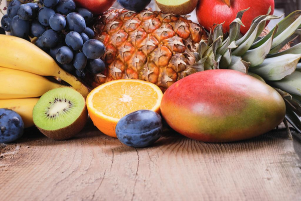 frugt til mad og drikke  COLOURBOX11631566