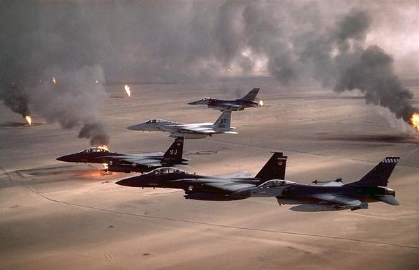 800px USAF F 16A F 15C F 15E Desert Storm pic 2 wiki