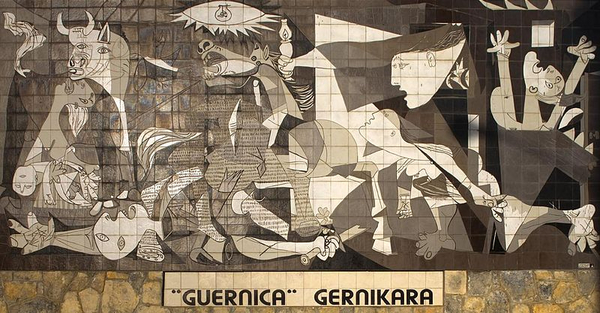 Mural del Gernika  El Comandante  2013  Wikimedia Commons