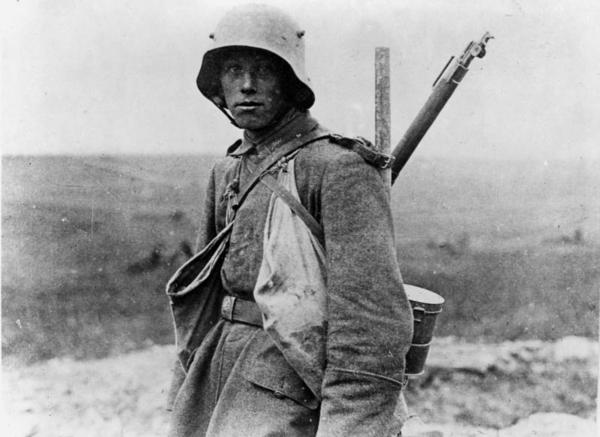 Bundesarchiv Bild 183 R05148  Westfront  deutscher Soldat