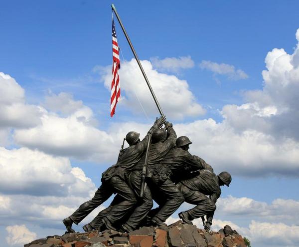 Iwo Jima Memorial  Washington  DC  lillis photography  2006  iStockphoto